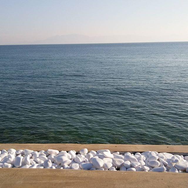 Мои любимые параллели #безфильтров #греция #кавала #параллели #море #островтасоснагоризонте