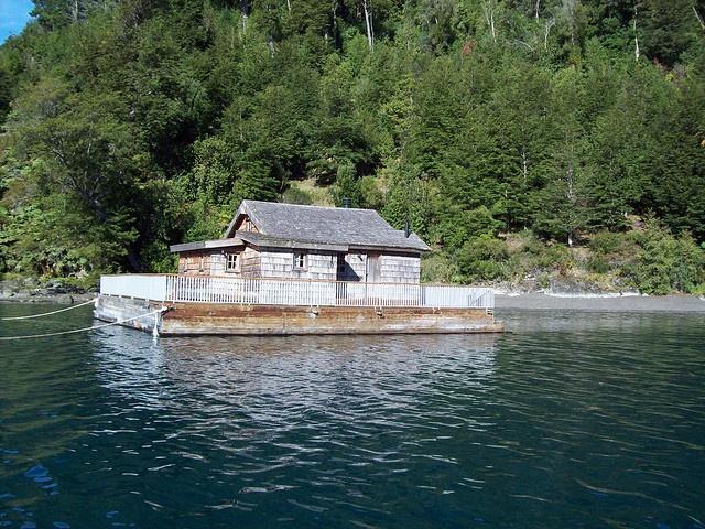 Lago Todos los Santos - Sur de Chile by TRESEME, via Flickr