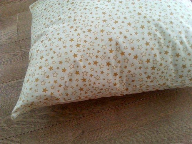 ADELA SZYJE - blog o szyciu na maszynie, szyciowy blog, blog szycie: Jak uszyć poszewkę na poduszkę na zakładkę w 30 minut, czyli szycie wg Adeli poduszki ikea