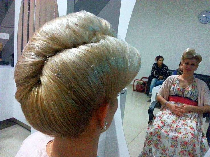 Pin By Blond Bouffant On French Twist Pinterest Best