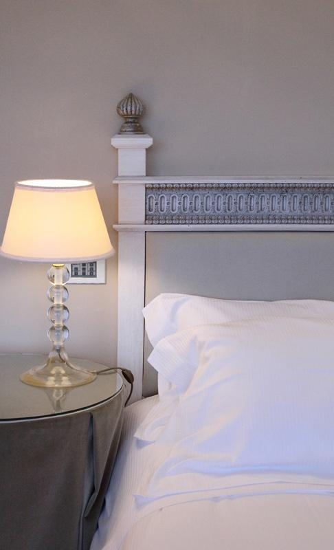 PORTFOLIO STUDIO SIMONETTI: Suite@Riviera Golf Resort, architectural project of interiors of some suites  #rivieragolfresort #studiosimonetti #progettazionearchitettonica #hotelproject