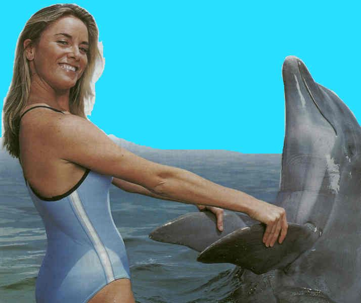 Tamzin Outhwaite Swims With Dolphins People Dolphins