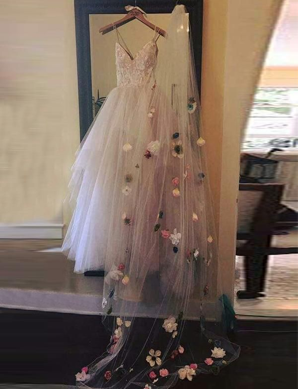 Spaghetti Straps Pink Tulle Long Prom Dresses with Appliques 1