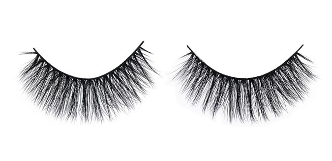 QUEEN B $30 FEMME FATALE 3D Angel Silk Strip Lashes Made of synthetic mellow fibres that mimic the texture of real mink fur. The thin and tapered fibres are placed in 2 layers on the soft lash band, giving the lash an emphasized fluffiness and feminine effect. Reusable up to 30 times 100% animal cruelty free Hand crafted Top quality