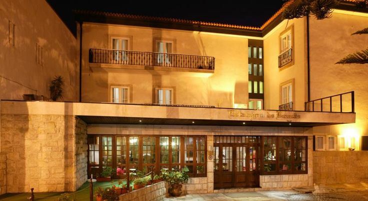 Hotel Brazao Vila do Conde In the heart of Vila do Conde, a former village of fishermen, Hotel Brazao offers elegant rooms. Only 900 metres from the beach, it features free Wi-Fi.