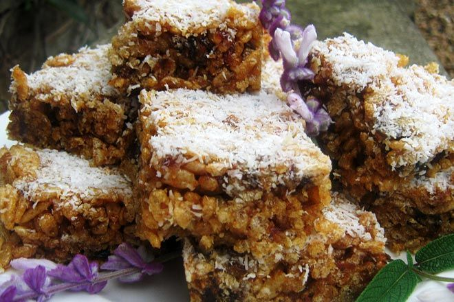 Rice Krispies and Date Bars Recipe