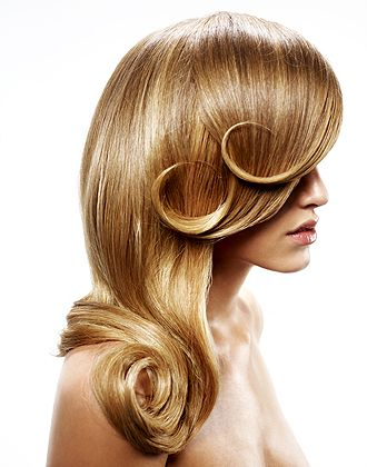 STYLING model hair ≈ :: Obliphica Professional