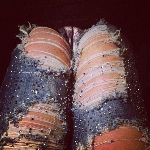 Rhinestone Ripped Jeans ♥