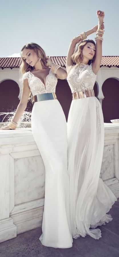 We're blown away by these amazing beach wedding dresses from top-notch designers likeAnna Campbell andJulie Vino. Elegant silhouettes flowing in the wind and delicately gracing warm sand is just what we picture when we imagine the most perfect wedding by the ocean! Let these bohemian-chic beach wedding dresses, including lovely lace and striking details, take …