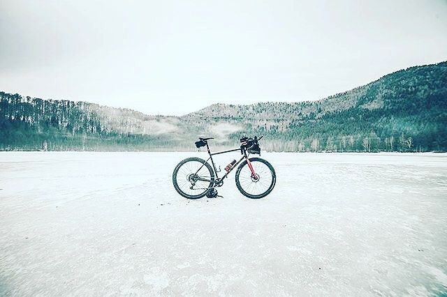 "#instagood Locatation  ""Saint Anne Lake""  by Matei Radu @mateilradu  #festive500 #rapha #cyclocross #adventurebike #adventure #rideyourbike #bikestagram #roadcycling #cyclocross #bikelife #bikepacking #instacycling #naturephotography #nature #bycicle #landscape #landscapephotography #lake #frozen #perspective #marinbikes #marinfourcornerselite #samyang14 #ig_romania #covasna #sfantaana #outdoors #exploring #DestionationCovasna"