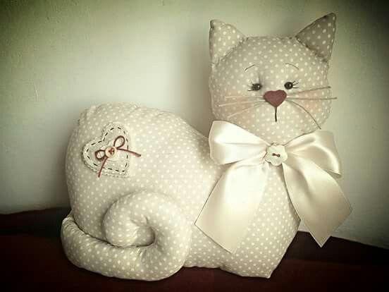 Gato de tecido