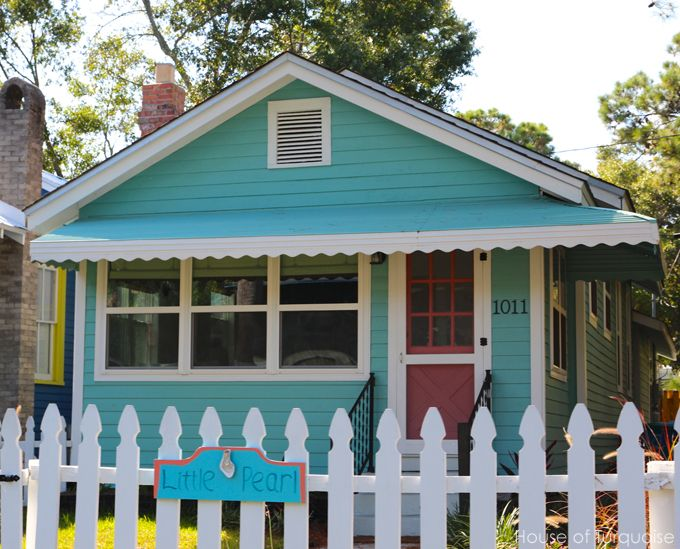 House of turquoise turquoise tour of tybee island can for Cute beach houses