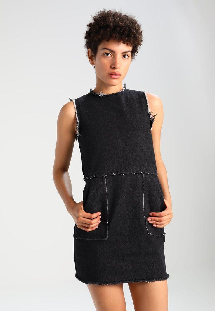 https://www.zalando.co.uk/daisy-street-petite-summer-dress-black-dac21c005-q11.html?awc=3356_1511068711_ca736ccbb844ea0fdc32288590bbc455&wmc=AFF44_AW_EN.136348_..&opc=2211