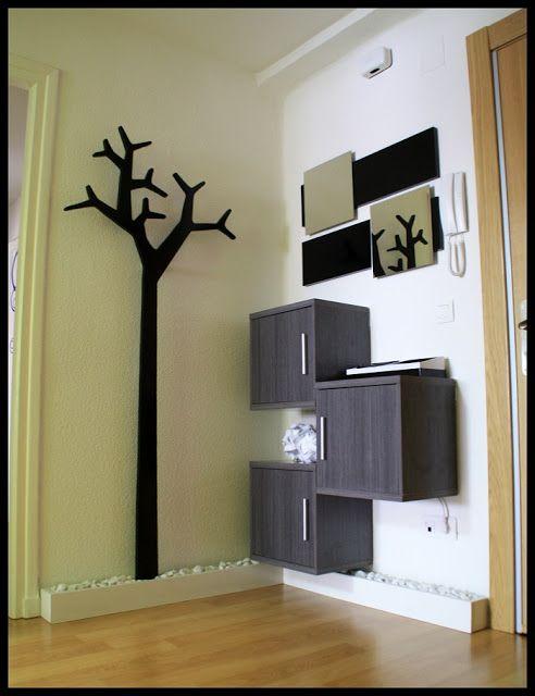 DIY: Espejos para un recibidor con un árbol perchero Swedese también DIY : x4duros.com