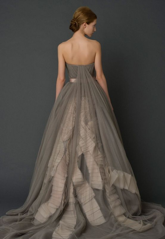 Utterly Gorgeous Coloured Gowns for the Unconventional Bride