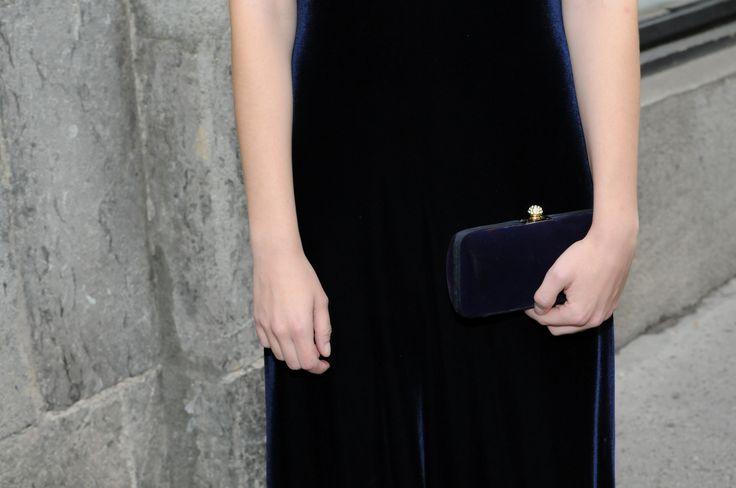 navy blue velvet clutch