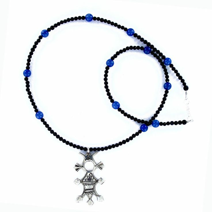 Collier croix du sud en argent et agate et onyx pour homme et femme de chez la marque Laoula
