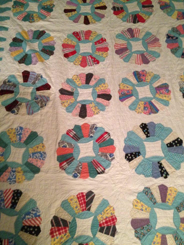 Dresden Quilt Patterns Free : 17 Best images about Assiette de Dresde on Pinterest Dresden quilt, Black backgrounds and ...