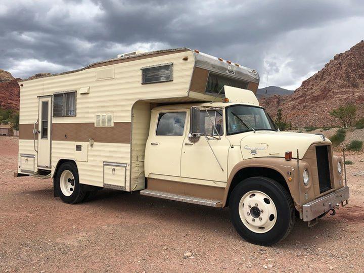 Loadstar International Crew Cab Vintage Trucks Slide In Truck Campers Mercedes Truck
