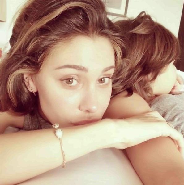 Belen e Santiago rischiano grosso: una foto scatena il gossip italiano