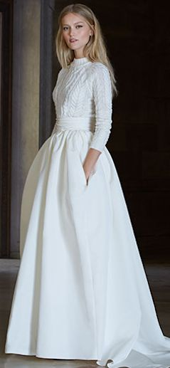 Beautiful look for a winter wedding dress