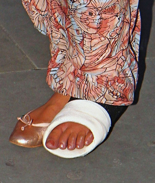 Rebecca-Ferguson-Feet-683938.jpg (504×594)