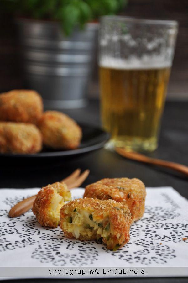 Due bionde in cucina: Polpette di miglio con verdure e formaggio