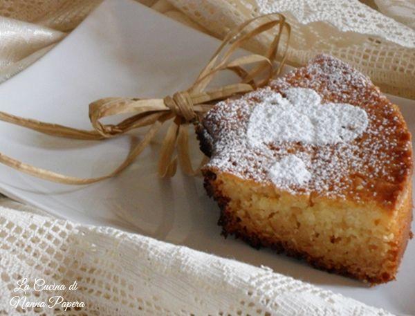 Ciambella di ricotta con cottura nel fornetto Versilia ricetta semplice di una ciambella bassa e umida.