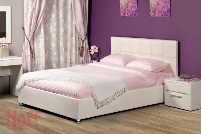 кровать с прямоугольниками, высокое изголовье