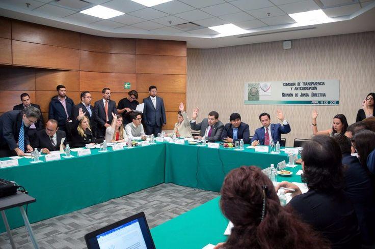 PRI y PVEM votaron en contra de un punto de acuerdo que pedía a la ASF iniciar una indagatoria a los fondos entregados por la SRE, que suman poco más de mil millones de pesos en tres años a la Asociación de Empresarios Mexicanos que dirige la panista.