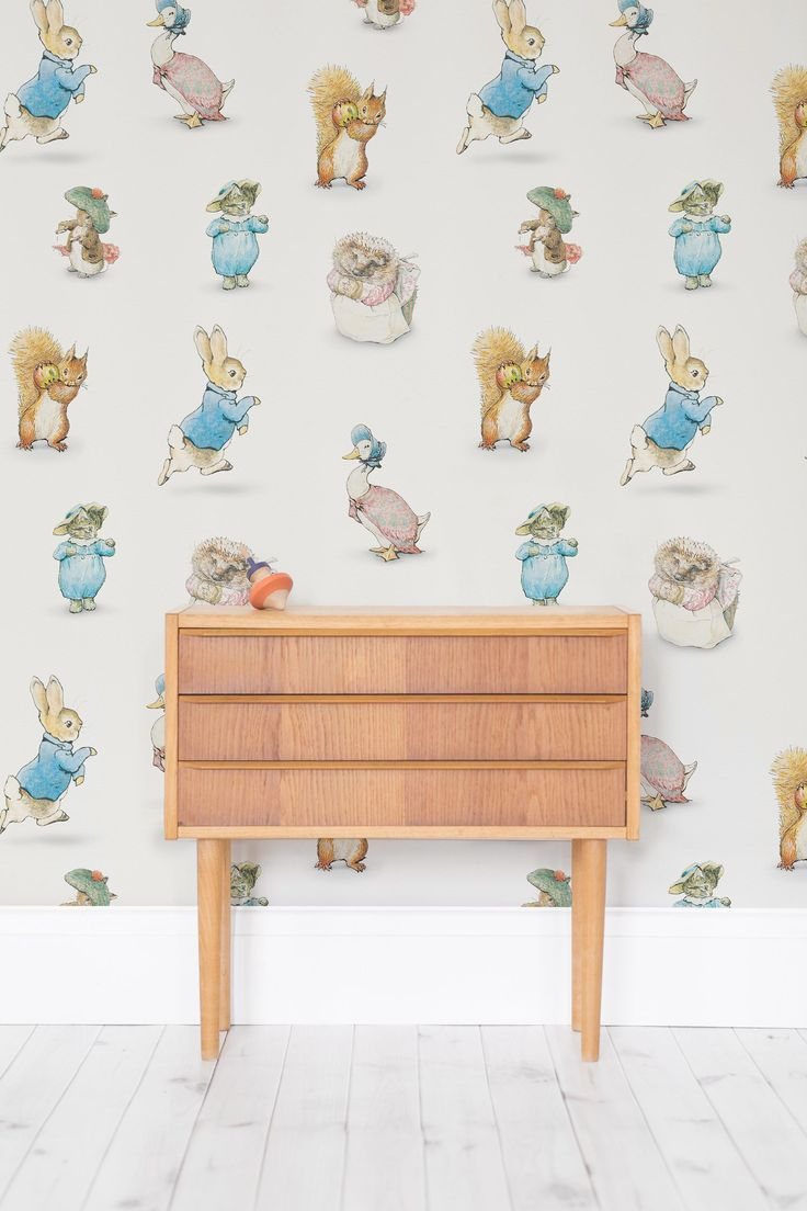 On The Lookout For Gender Neutral Nursery Ideas This Wonderful Wallpaper Design Ties Together Original Ilrations From Beatrix Potter Tales
