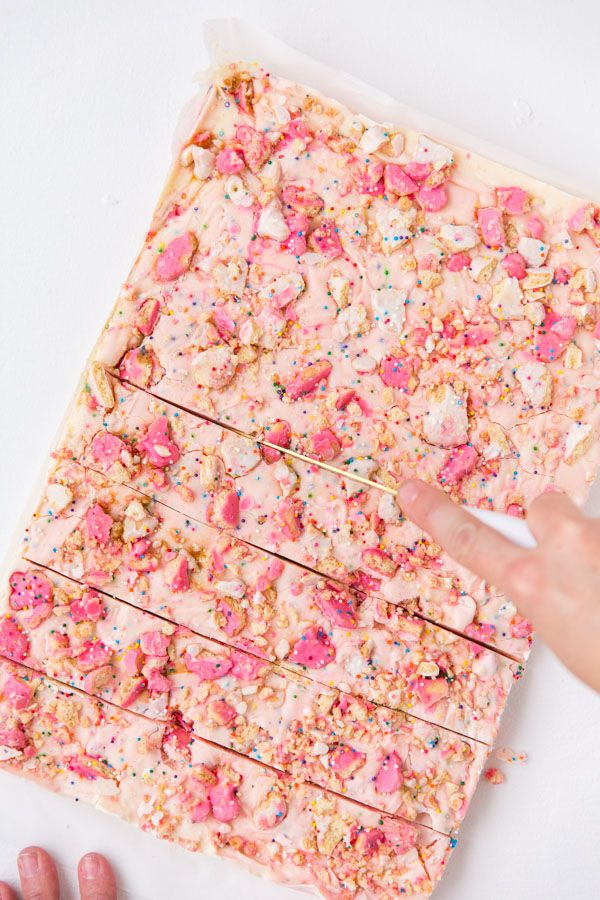 Animal cracker fudge. Styling and photo by Brittni Mehlhoff (via Paper and Stitch).