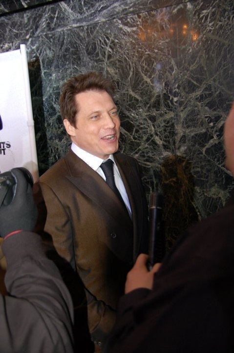 """Holt McCallany on the red carpet at the """"Lights Out"""" premiere."""