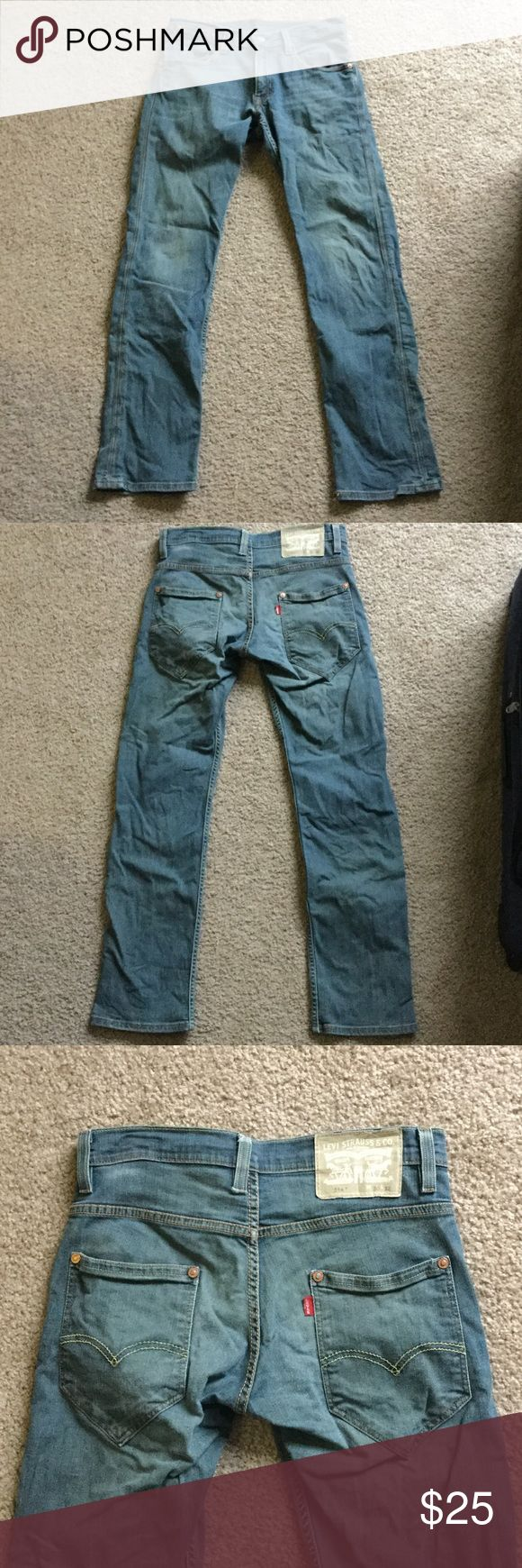Levi 514 Great pair of men's Levi jeans style 514. Size is 30x32. No rips or stains, naturally distressed. Levi's Jeans Slim Straight