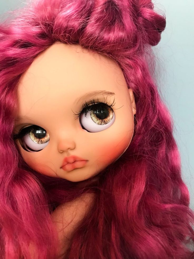 Blythe weft scalp for tan skincoler made by rissiedolls