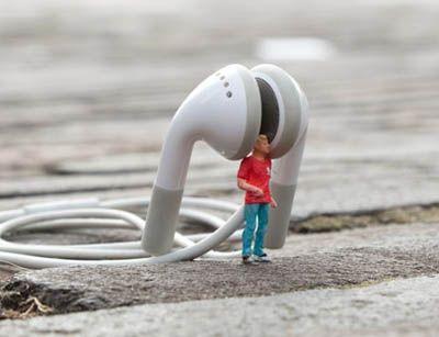 Slinkachu. Little people.                                                                                                                                                                                 More