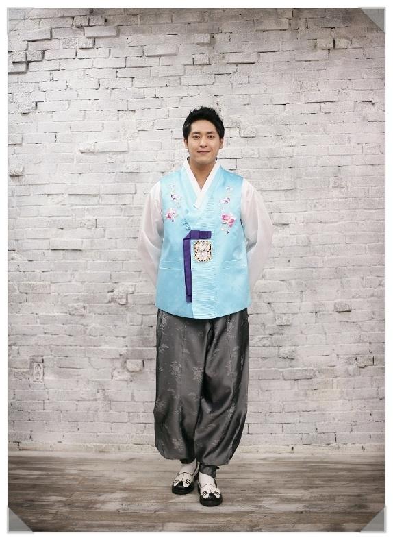 Men in Hanbok: A man in male hanbok consisting of jeogori (jacket) and baji (trousers)