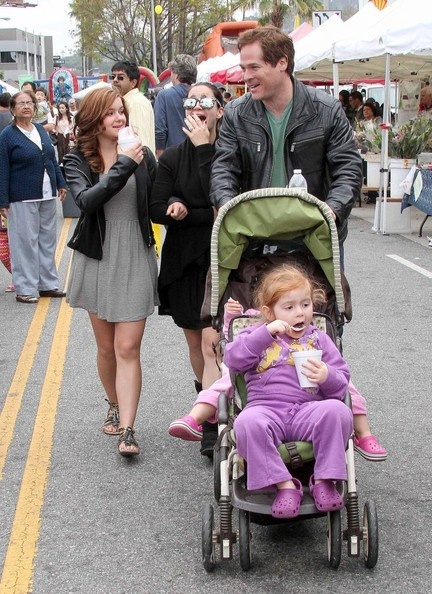 Modern Family actress Ariel Winter and her sister, Shanelle Workman, took the family to the Farmers Market in Studio City, California on May 5, 2013.