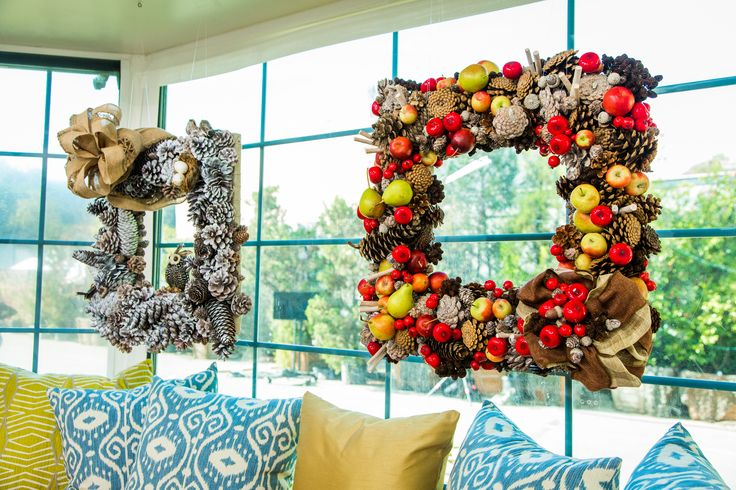 Add color to any room with Amy Marella's DIY Square Pine Cone Wreath! Don't miss any other great DIYs by tuning to Home & Family weekdays at 10a/9c on Hallmark Channel!