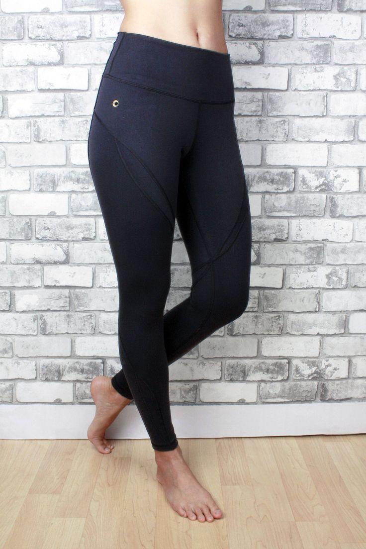Maya black leggings - high waisted seam details
