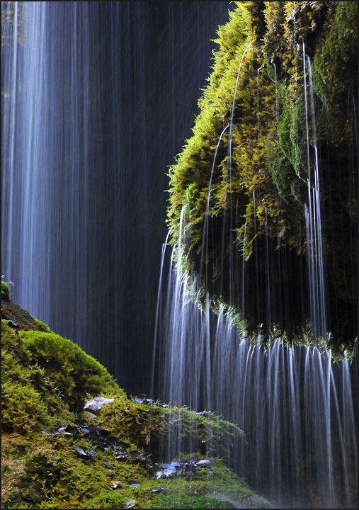 Schleierfall waterfall in Wilder Kaiser range, Austria .