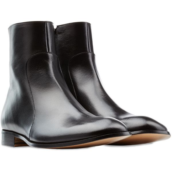 Maison Margiela Leather Boots (59.980 RUB) ❤ liked on Polyvore featuring men's fashion, men's shoes, men's boots, black, mens round toe cowboy boots, mens black boots, mens black shoes, mens zip boots and mens leather zipper boots
