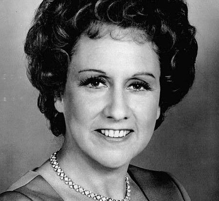 "jean stapleton death | All in the Family"" star Jean Stapleton dies at 90 - Salon.com"