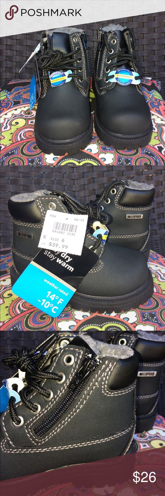 NWT BLACK SMART FIT BOOTS! NWT LACE UP WATERPROOF BOOTS! Faux fur lining! All man made materials!black laces! Skid resistant sole! White dots on bottom of sole put on by store clerk to note final sale! SMART FIT Shoes Rain & Snow Boots