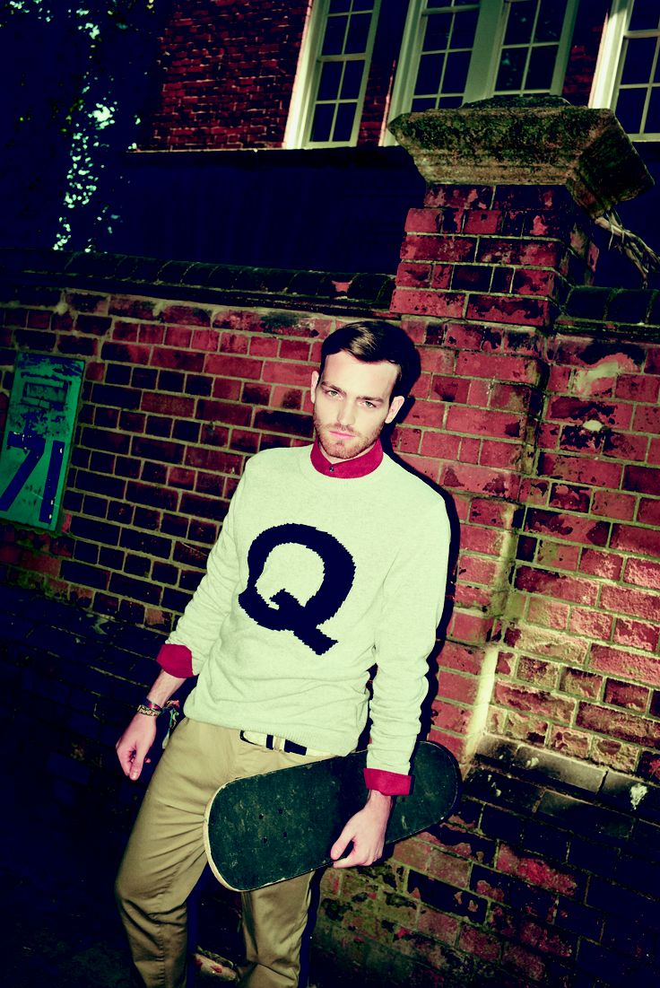 Pair a jumper with some chinos for a fashionable winter look!