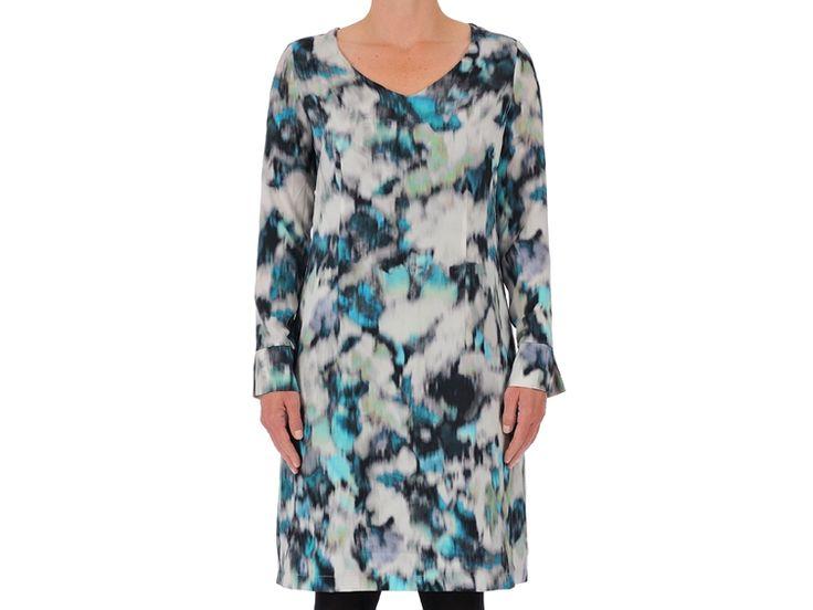 Opzoek naar een feestelijke jurk voor nieuwjaarsavond? #sale #party #newyear #fashion #design #wax #weidesignandmore