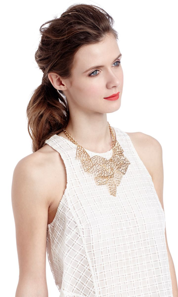 White+Gold Accesories+red lip//