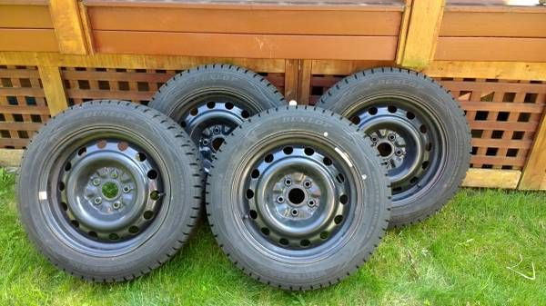 4 Dunlop Wintermax 205/55r16 on steel rims – auto parts – by owner