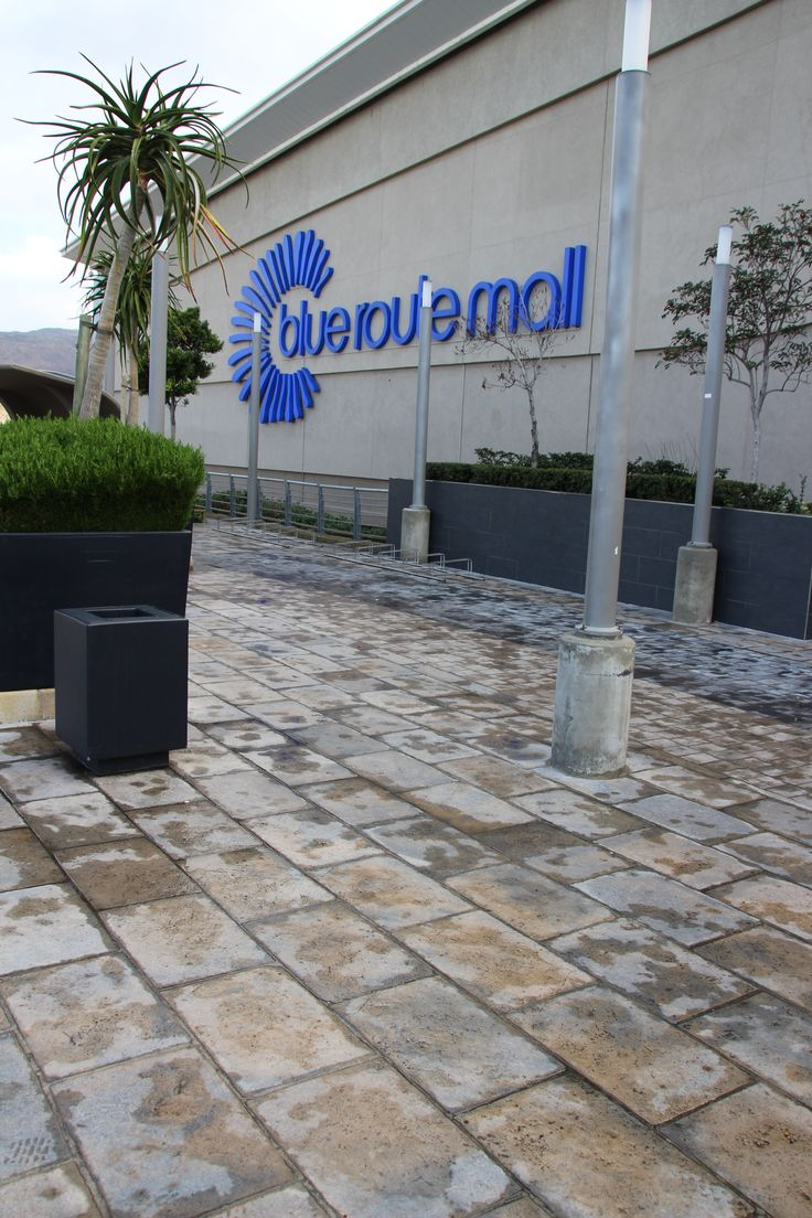 Blue Route Mall -Tokai -Cape Town - Kent Random Edge Pavers - Ideal for heavy traffic and outdoor durability.