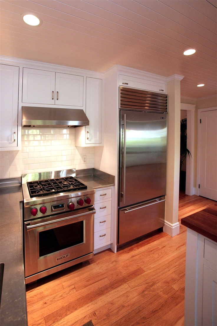 Sub Zero Wolf Appliances In Transitional Kitchen (Cultivate.com)